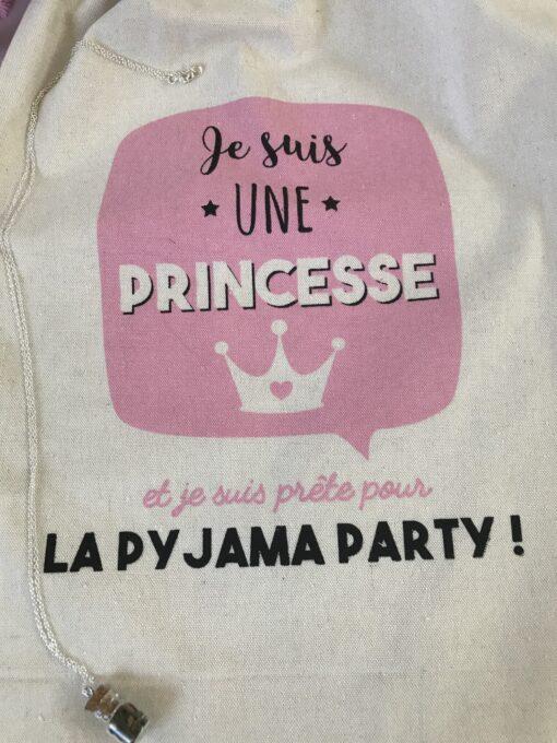 Je suis une princesse et je suis prête pour la pyjama party !
